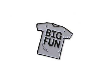 BIG FUN Enamel Pin Heathers Movie