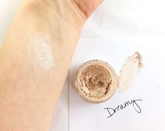 Dreamy Shimmer Eye Shadow - Mineral Eye Shadow Natural Sparkle Eye Makeup Color- White Ivory Sparkle highlighter