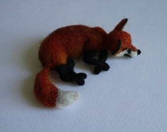 Needlefelted Animal/Needle Felted Sleeping Fox/Felted Sleeping Fox/ Fox miniature/ Made to order/Custom Miniature Sculpture of your pet