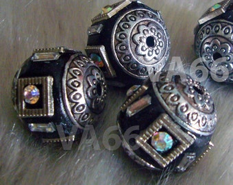 Vintage Look DIY Detailed Beads Black Silver Color 18mm 4p with details, Crystal AB Rhinestones Through hole for jewelry making