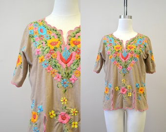 1970s Embroidered Floral Blouse