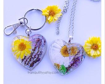 Wildflower Necklace, Real  Resin Heart Keyring , Botanical Preserved Daisy Zen Necklace, Wild Flower Necklace,Handmade By: Von'Dez Redman