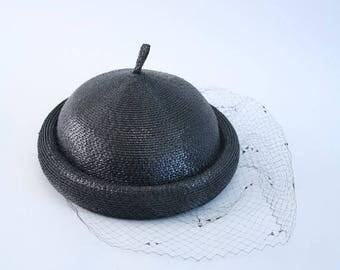 SPRING SALE vintage 1950s veiled woven hat - black straw pixie topper / Junior Seasons - New York / 1950s ladies net hat - 50s netted veil h