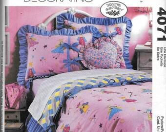 McCall's 4071 Duvet Shams Pillow Bed Skirt Lampshade Organizer Curtains Valance Sewing Pattern UNCUT