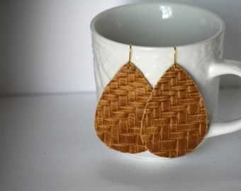 Brown Taupe Braided Basketweave Teardrop Leather Earrings