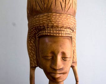 African Art, African Wood Carving, Tribal Art, Carved Wood Art, Folk Art Carving, Folk Art, Wood Carving