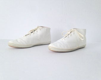 Women's Size 10 white leather 90s HIGH top KEDS rare style ankle BOOTIES