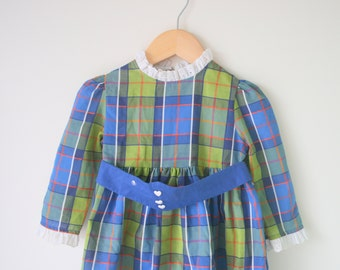 1960s SCHOOL GIRL PLAID Mod Dress...size 2 3 4 girls..fancy. children. kids. girls. secretary. librarian. green dress. pleated. holiday. mod