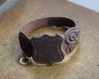 Antique  bronze brass signed ancient  ring. Man huge size. Original dark patina.