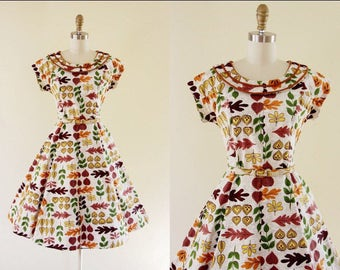 1950s Autumn Novelty Print Barkcloth Dress