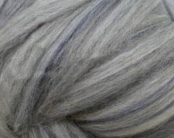 RawCo. Silver Grey 21.5 micron Merino 1 Pound  Wool Roving