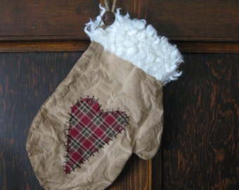 Primitive Mitten with Homespun Heart - Ready to be Filled- Muslin Grungy Fabric - Winter Decor - Hanging Muslin Mitten - Primitive Decor