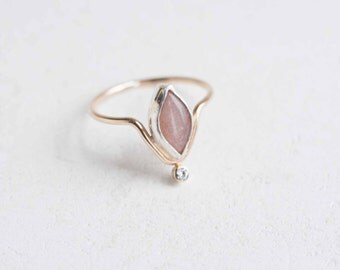 Peach Moonstone + Moissanite Curve Ring | 14k Gold Fill + Sterling Silver