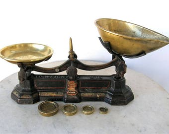 ANTIQUE IRON SCALES + 2 Original Brass Pans + 4 Stacking Brass Weights Grocery Dry Goods Scale Manchester England Victorian Late 1800's