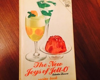Vintage The New Joys of Jell-O Recipe Book Ccokbook 1974 1970s Hardcover Full Color