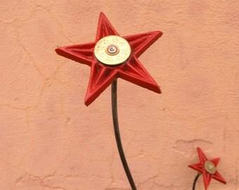 Red Metal Flower Yard Art Garden Stake Office Art Table Centerpiece Flower Arrangement Vase Filler Texas Gift Wild West Cast Iron Star