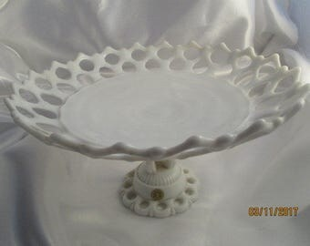 WESTMORELAND Milk Glass Doric Pattern Pedestal Plate Fruit Dish Compote Reticulated Lattice Vintage Mid Century Piece MINT Condition