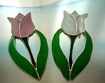 Tulips/Flowers/Stained Glass/Gardeners Delight/Window decor/window treatment/handmade usa/suncatcher
