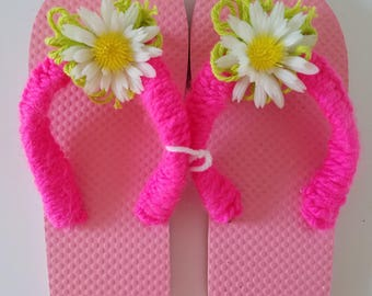 Girls Pink Flip Flops With Lime Green Yarn and Daisy