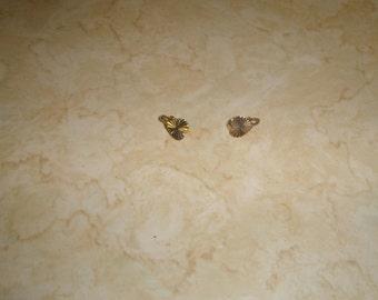 vintage clip on earrings goldtone heart