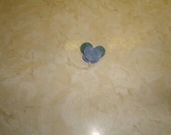 vintage pin brooch blue porcelain pansy flower