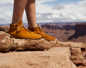 Lion moccasin shoe for Men by IntotheWild