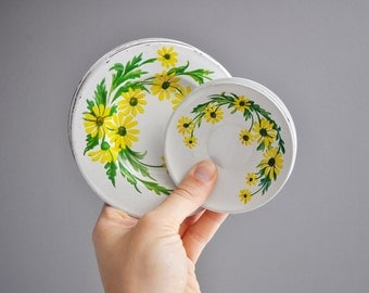 Vintage Set of Toy Tin Saucers and Dessert Plates
