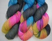 Sock yarn hand dyed superwash merino nylon fingering yarn 4 ply 425 yards 3oz for knitting crochet