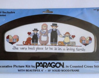 Vintage Paragon Counted Cross-Stitch Kit Loving Family #2601 with Frame Home Country Rustic Decor Family with Pets Amish New