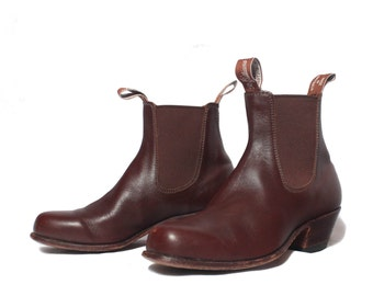 7 1/2 - 8 M (5 1/2 G W Australian) | Women's R.M. Williams Chelsea Ankle Boots Brown Leather Cuban Heel Slip On Bootie