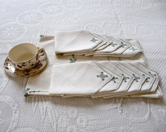 French tablecloth with 11 Napkins - cotton canvas French Vintage Linen French - Tea Time -  Cottage chic - French Tea Time