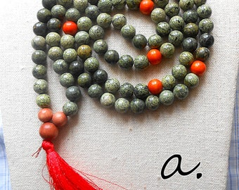 Mala Russian Serpentine 108 grains. Mala gemstone. Mala olive and orange. Buddhist rosary.