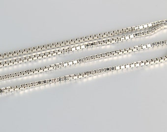 Box Chain Necklace, 18 inch 14K White Gold Necklace, Solid white gold, 3.4 grams Italy Jewelry