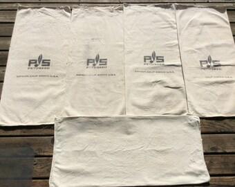 PS Petoseed vintage 5 sacks. 1029163