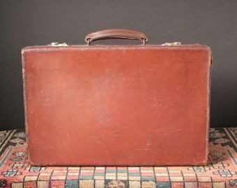 Vintage English leather suitcase, overnight case, leather luggage piece