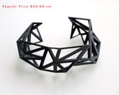 3d printed Triangulated Cuff bracelet in Black - Glossy Finish. modern statement jewelry. black geometric jewelry