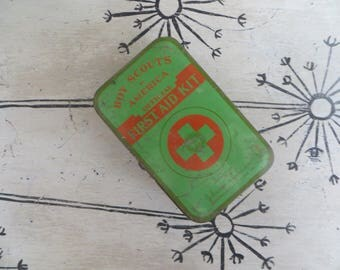 Vintage Tin Boy Scouts of America First Aid Kit Johnson and Johnson