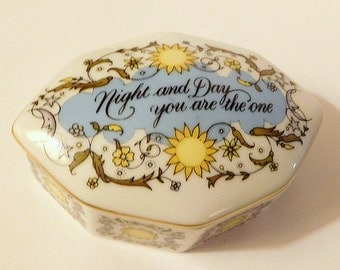 """Vintage Music Box """"Night & Day You Are the One""""  Songs of Love Kate Jones / Wedding Anniversary Girlfriend GIFT/  Porcelain Franklin Mint"""