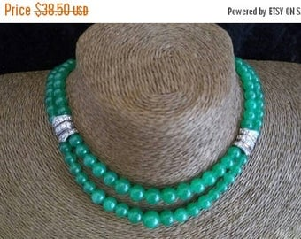 Now On Sale Green Glass & Rhinestone Vintage Necklace