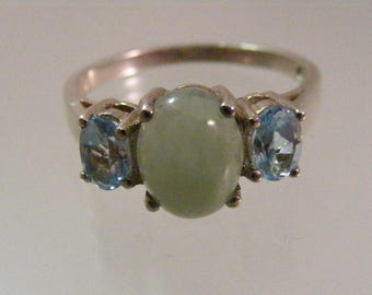Vintage  Green Jadeite and Blue Topaz Sterling Silver Three Stone Ring.....  Lot 5288