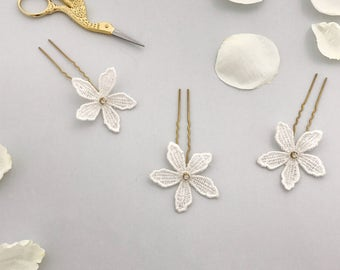 Lace flower wedding hair pins (x3), Lace flower bridal hair pins, Lace bridal hair pins, Lace flower hair pins