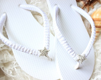 Beach wedding shoes, flat bridal flip flops, beach sandals, bridal slippers, wedding flip flops, bridesmaid gift, bridal shower gift
