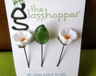 Lampwork Glass Flower Counting Pins/Stitch Markers/Fairy Garden Flowers - White