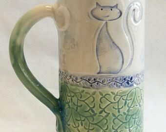 ceramic sophisticated cat mug 20oz stoneware 20D026