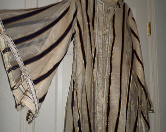 Hand Made Ethnic 2 Piece Hooded Kaftan Hand Knotted Trim Gigantic Bell Sleeves Unique Rare