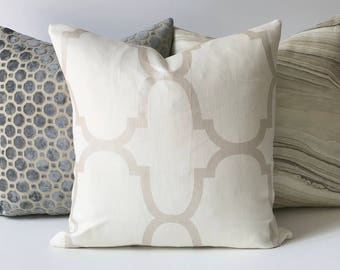 Metallic pearl and ivory quatrefoil riad decorative pillow cover