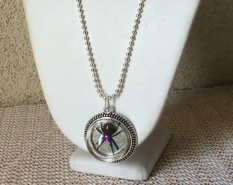 Pendant Spider, Necklace Spider, Pet Spider Necklace, Spider Jewelry, Black Spider Necklace,Black Spider Pendant,Goth,Steampunk,