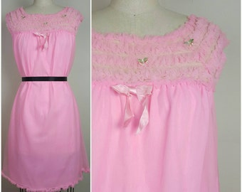SALE // 60s Frederick's of Hollywood Bubblegum Pink Pajama Party Nightie - Small 38