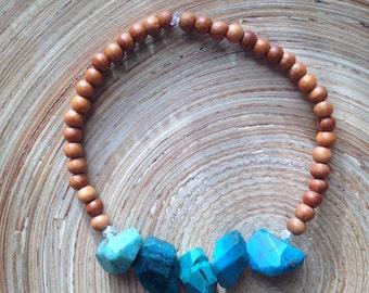 Simple little chrysocolla and sandalwood stretch bracelet // energy bracelet // organic and rustic