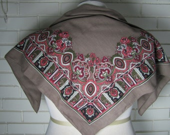 Vtg square rayon scarf taupe and pinks